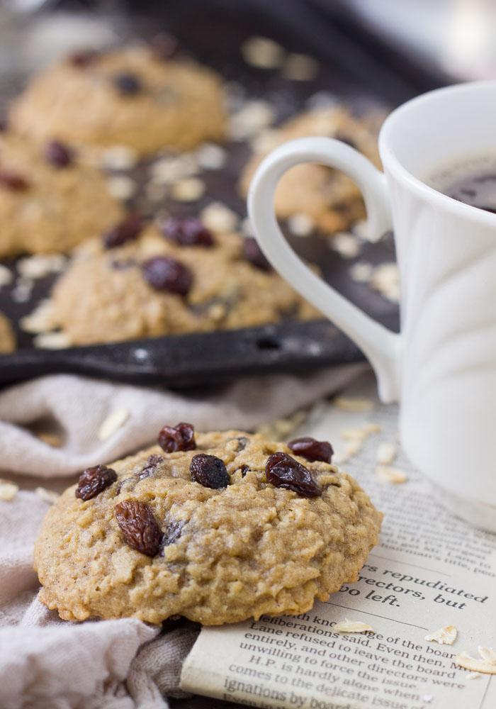 Chewy Oatmeal Raisin Cookies Easy Oatmeal Cookies Baker
