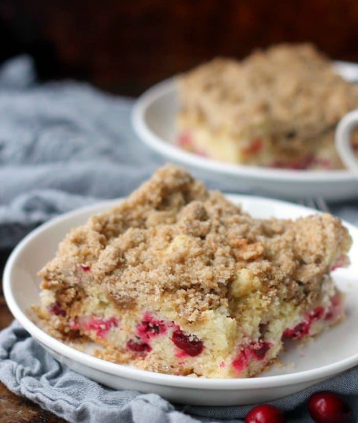 Streusel topping on a cranberry coffee cake